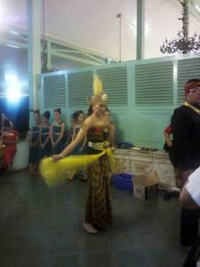 penari di mangkunegaran art festival
